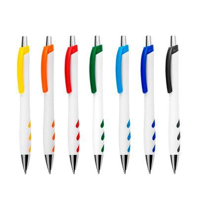 MDM Brindes - Caneta plástica branca com detalhes coloridos. Disponível em diversas cores. Gravação Silk ou Tampografia.