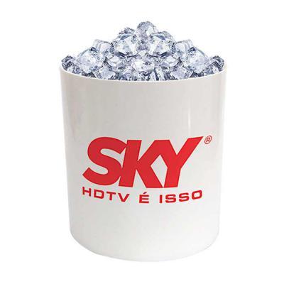 Sertha Brindes - Balde de Gelo personalizado produzido em PS Cristal (Poliestireno) com capacidade de 2,2 litros. Personalizado em silk ( 1 cor de gravação ). O balde...