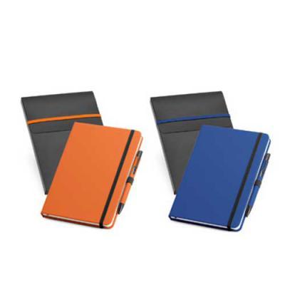 Ewox Promocional - Kit de caderno e esferográfica. C. sintético. Com 80 folhas não pautadas. Fornecido com caixa presente em PP. Esferográfica: ø10 x 137 mm | Caderno: 1...