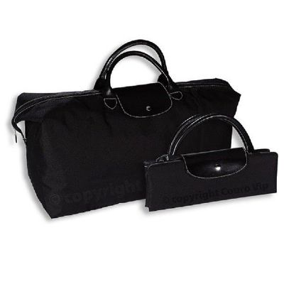 Couro Vip - Bolsa sacola com fechamento em zíper.