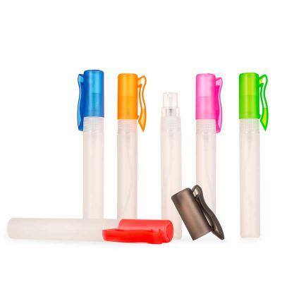 Seleta Brindes - Spray higienizador 9ml plástico formato bastão com acabamento fosco, contém tampa de clipe colorida e tampa transparente de spray. Para inserir essênc...