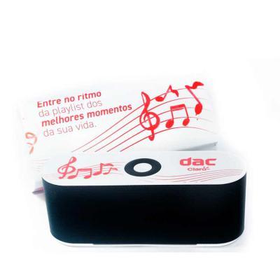 Luxus Comercial - Caixa de Som Multimídia para presente de aniversário. Design fino e material plástico resistente, possui: botão On/Off no verso, botão >|| (MODE), bot...