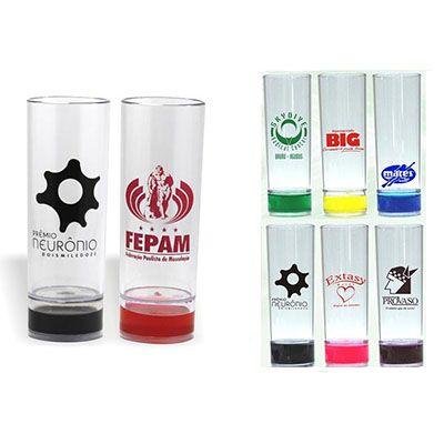 RF Canetas e Brindes - Copo de acrílico com impressão silk screen, cores variadas de gel.