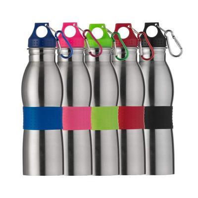 Amora Brindes - Squeeze de Inox com detalhe emborrachado, capacidade para 600 ml. Medidas para gravação (CxC): Abaixo da tampa - 8,0 cm x 22,3 cm; Abaixo da borracha...