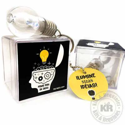 """Kits & Requintes - Chaveiro de Lâmpada personalizado, acompanha tag com logo e mensagem desejada. Ótimo para campanhas com conceito de criatividade. Motivacional """"Ilumin..."""