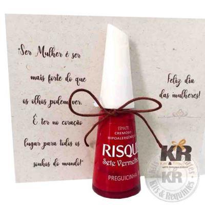 Kits & Requintes - Card personalizado com Esmalte Risqué. Consulte preço de outras marcas.
