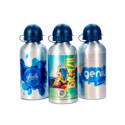 No Ato Brindes - Squeeze personalizado de alumínio com impressão digital. O diferencial do produto está na personalização que torna a apresentação do brinde muito mais...