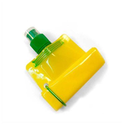 No Ato Brindes - Squeeze dobrável com capacidade de 480 ml.