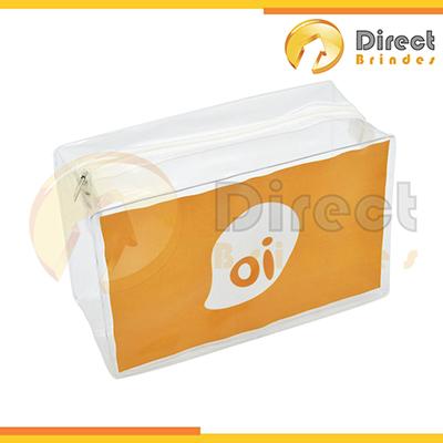 Direct Brindes Personalizados - Nécessaire em PVC Cristal, fechamento com zíper, acabamento em solda eletrônica. Gravação em silk-screen