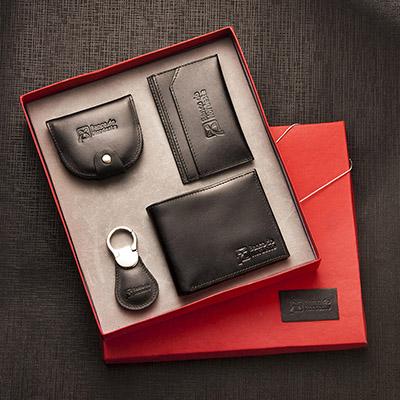 UP Couro - Kit escritório em couro, contendo carteira, porta cartão, porta níquel e chaveiro