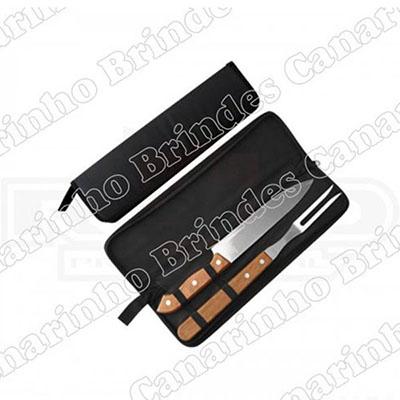 Canarinho Brindes - Kit churrasco com 2 peças e cabo de madeira.