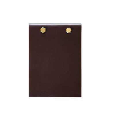 Alvo Couros - Porta bloco prático, capacidade de guardar de cem a cento e cinquenta folhas, possui um design moderno com ferragem de parafuso. Perfeito para ter em...