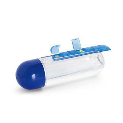 BrinClass - Squeeze 740 ml com encaixe para porta comprimido com os dias da semana. Tampa rosqueável. Tamanho: ø 7,5 x 24 cm.