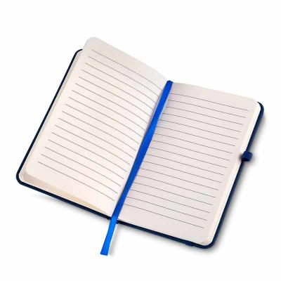 Brindes Play - Caderneta Personalizada com 80 folhas pautadas bege. Capa Sintético. Com Elástico para fechamento e Porta caneta ambos Colorido.  Podendo ser com ou s...