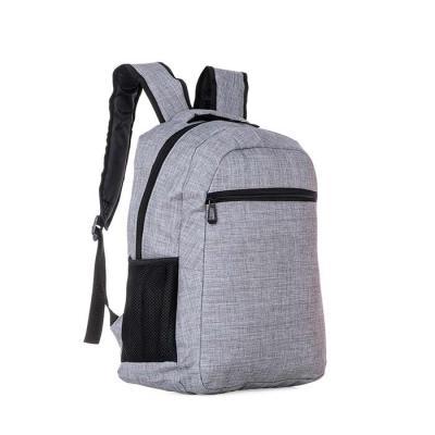 Brindes Play - Mochila poliéster com compartimento para notebook. Possui um compartimento superior com bolso interno para notebook e compartimento/bolso frontal pequ...