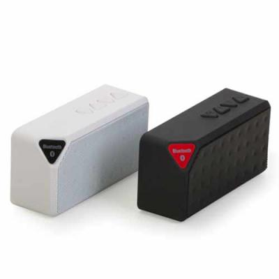 BrinClass - Caixa de som personalizada
