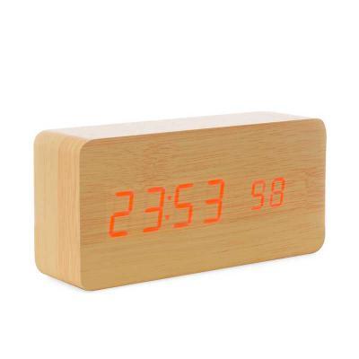 3RC Brindes - Relógio de Madeira com Display LED