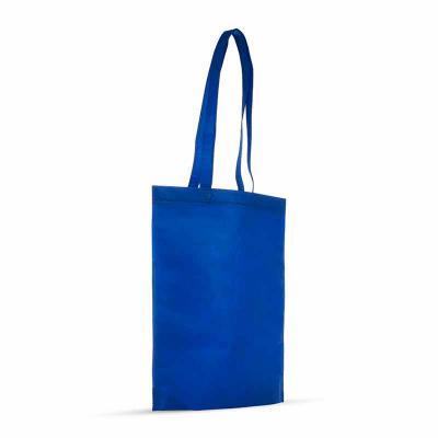 3RC Brindes - sacola colorida com alça em material TNT, possui símbolo ecológico/reciclável na costura da alça.