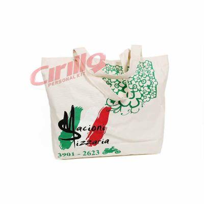 Cirillo Personal Kit - Sacola Évora personalizada Medida: 41,0cm X 36,5cm X 10,5cm Material: Lona leve - material ecológico  Ideal para organização, e também, uma excelente...