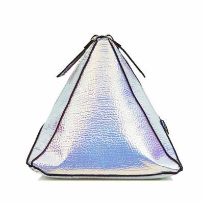 Brindes e Ideias - Necessaire triângulo personalizada  Impressão em silk  Confeccionada em nylon ou PVC neon