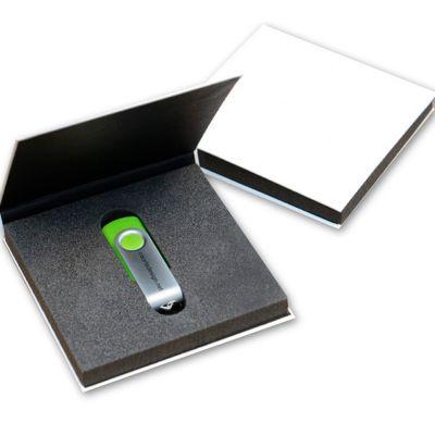 Make Brazil - Caixa para pen drive personalizada.