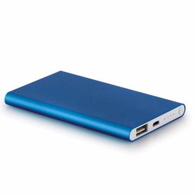 BTM Brindes - Bateria portátil de lítio slim em alumínio com lanterna - 4400 mAh - Incluso cabo USB/micro-USB - Med. 104 x 59 x 11 mm - Pers. em silk: 98 x 45 mm