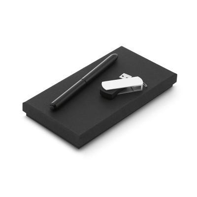 BTM Brindes - Conjunto esferográfica e pen drive. Esferográfica NEO em alumínio com ponteira touch em silicone. Pen drive em ABS com clipe em alumínio. Capacidade:...