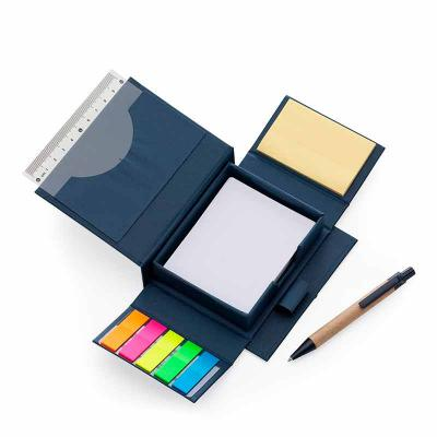 brindes-de-luxo - Bloco de anotações ecológico com caneta e autoadesivo. Bloco em material kraft, possui cinco blocos autoadesivos coloridos com aproximadamente 20 folh...