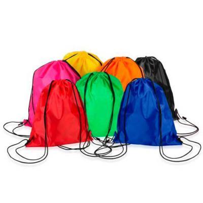 Brinderia Brindes - Mochila saco inteira colorida, com duas alças para costa, fechamento superior material em nylon.