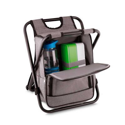 MR Cooler - Bolsa Térmica com cadeira  Tecido: Nylon e Poliéster  Tamanho: 36 x 21 x 51 cm  Capacidade 25 Litros