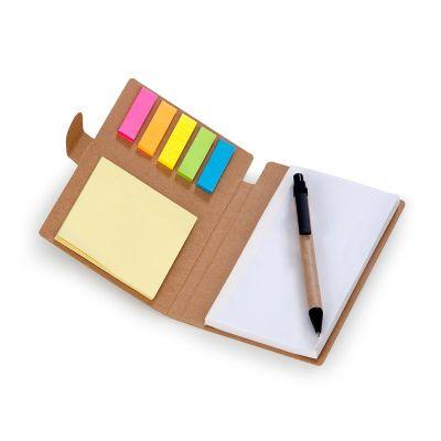 Promozionale Brindes - Caderneta de anotações com capa em papel reciclado contendo 70 folhas brancas mais auto colantes 6 cores com 25 folhas cada e caneta esferográfica em...