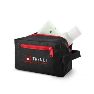 Promozionale Brindes - Necessaire 600D na cor preta com alça lateral, bolso externo com zíper colorido com opções nas cores azul, vermelho, verde e cinza.
