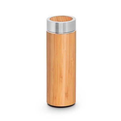 Brintec Brindes Promocionais - Garrafa térmica. Bambu e aço inox. Com parede dupla e infusor para chá. Capacidade até 430 ml. Fornecida em caixa presente. Food grade. ø69 x 207 mm  ...