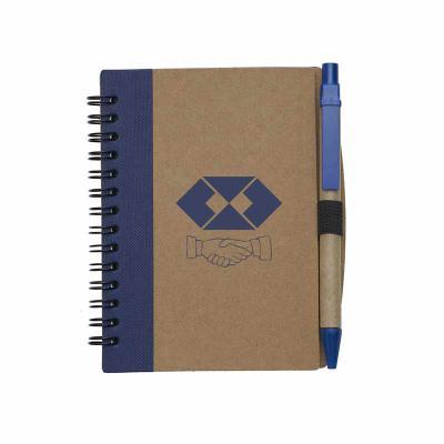 Brintec Brindes Promocionais - Bloco de anotações ecológico com caneta. Capa de papelão com detalhe lateral texturizado colorido, verso liso. Possui aproximadamente 70 folhas branca...