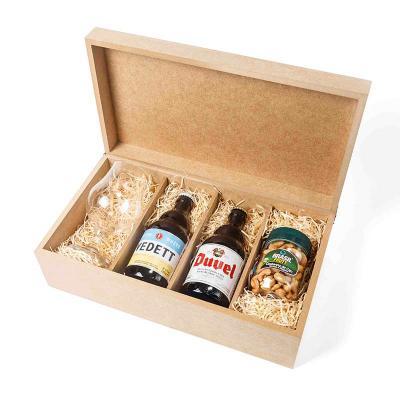 Amélio Presentes - Kit com cervejas e taça personalizada