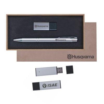 Royal Laser - Estojo de MDF com pen drive 8G e caneta. Gravação da logo a laser no estojo e componentes.