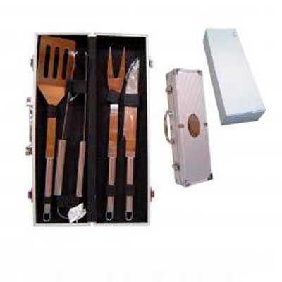 Montana Brindes - Kit para churrasco em alumínio