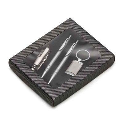 MSN Brindes - Kit executivo com 4 peças em estojo de papelão com visor plástico. Possui uma caneta e lapiseira prata em metal com vinte e quatro furos na parte infe...