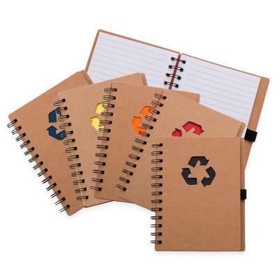 MSN Brindes - Bloco de anotação ecológico com símbolo reciclado na capa, acompanha com as folhas: vermelha, amarela, laranja, azul, verde e preto, possibilitando de...