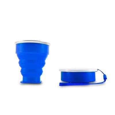 MSN Brindes - Copo 200ml de silicone retrátil com borda inox, contém tampa de encaixe em pvc com cordão de nylon. Altura :  8,7 cm Largura :  9,2 cm Circunferência...
