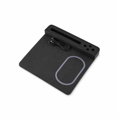 MSN Brindes - Mouse pad com carregador por indução. Material confeccionado em Poliuretano e Poliester, possui suporte para canetas e celular na lateral, possui indu...