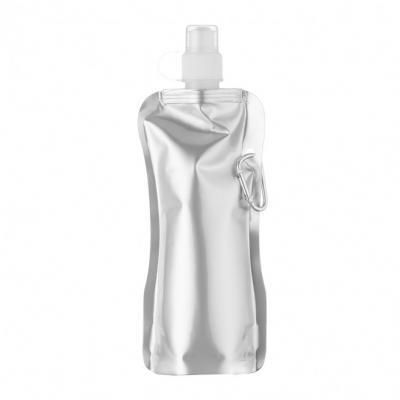 Cross Brindes - Squeeze Personalizado dobrável de plástico com 480ml. Squeeze colorido acinturado com mosquetão superior de acordo com a cor do squeeze, possui tampa...