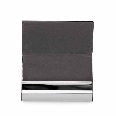 cross-brindes - Porta cartão de metal com couro sintético e verso metal brilhante. Couro com textura e costura preta, parte interna revestida de tnt cinza.