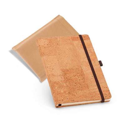 Tekinha Brindes - Caderno. Cortiça. Com porta esferográfica e 80 folhas não pautadas cor marfim. Fornecido em embalagem em non-woven. 137 x 215 mm | Embalagem: 185 x 24...