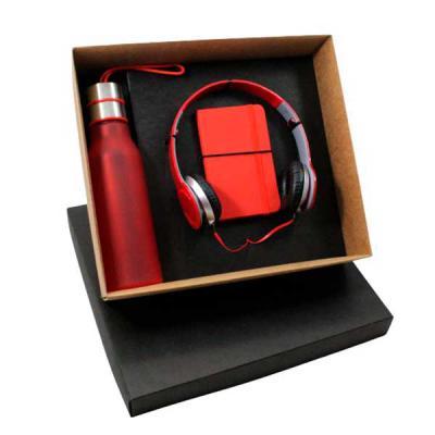 Design Promo - Kit em caixa de papel, fone de ouvido com fio, caderneta 14x7 com 80 Fla, squeeze plástico 550ml. Gravação nas peças e na tampa da caixa.