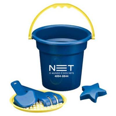Brindes Drica - Mini Balde de Praia Personalizado .  Trata-se de um mini  balde com uma escavadeira, uma pá, uma  peneira e uma estrelinha para a criançada brincar e...