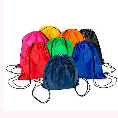 Splash7 Brindes - Mochila saco inteira colorida, com duas alças para costa, fechamento superior material em nylon.  Medidas aproximadas para gravação (CxL):  39,3 cm x...