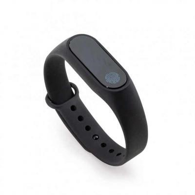 Splash7 Brindes - Pulseira inteligente M2. O smartwatch é um relógio fit com sensor que monitora suas atividades do dia a dia para o controle de sua saúde, tem funções...