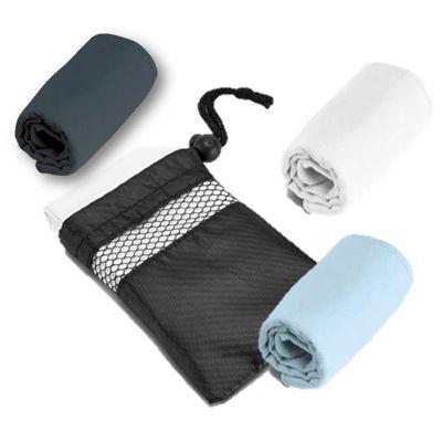 Galeria de Ideias - Toalha para esporte. Microfibra: 210 g/m². Fornecido com bolsa em 190T. Peças nas cores branca, azul claro ou cinza. Medidas: 400x800mm Bolsa: 135x180...