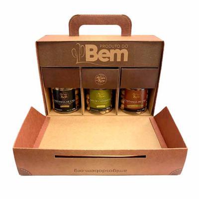 Amigos do Bem - Kit Buíque  1 Mix de Castanhas Premium 150g 1 Castanha de Caju Caramelizada 120g 1 Castanha de Caju Premium 140g  Toda a renda gerada com as vendas do...